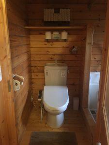 軽井沢 子連れ コテージ 宿泊 安くて おすすめ アサマファーム  ガーデンテラス トイレ