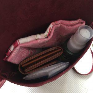 鞄の中身 ママコーデ 主婦コーデ